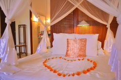 Das Bett in der Junior Suite 5 im Ayurveda Resort